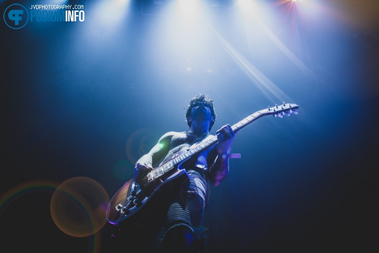 Foto The Blackmordia op Nothing But Thieves - 15/11 - Afas Live