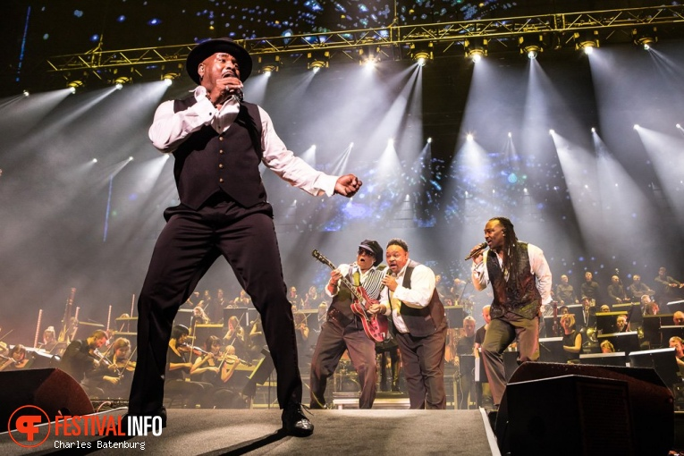 Foto Al McKay's Earth, Wind & Fire Experience op Night of The Proms Rotterdam 2018
