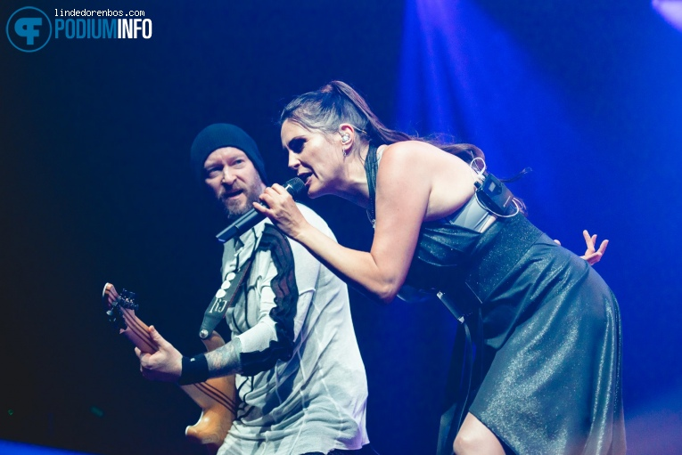 Within Temptation op Within Temptation - 23/11 - AFAS Live foto