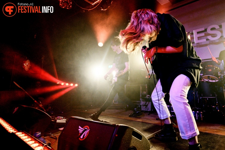 Whispering Sons op Eurosonic Noorderslag 2019 - Vrijdag foto