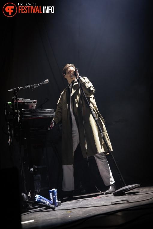 Thomas Azier op Eurosonic Noorderslag 2019 - Zaterdag foto