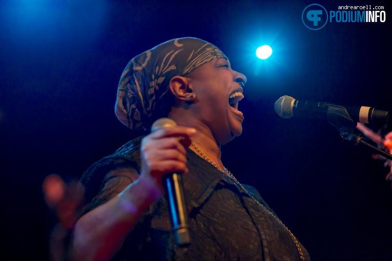 Foto Lisa Fischer op Lisa Fischer - 10/02 - Paradiso Noord (Tolhuistuin)