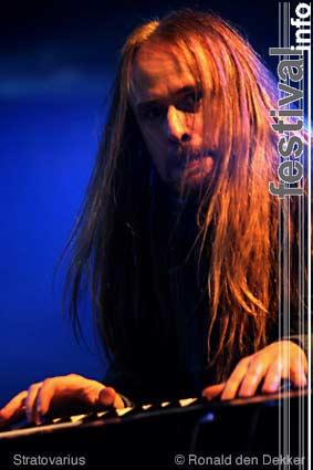 Foto Stratovarius op Dauwpop 2004