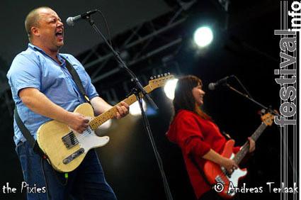 Pixies op Pinkpop 2004 za/zo foto