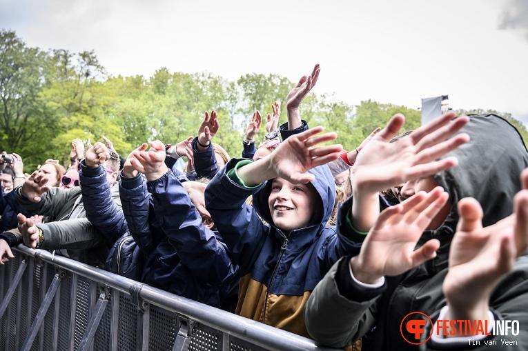 Thomas Azier op Bevrijdingsfestival Utrecht 2019 foto