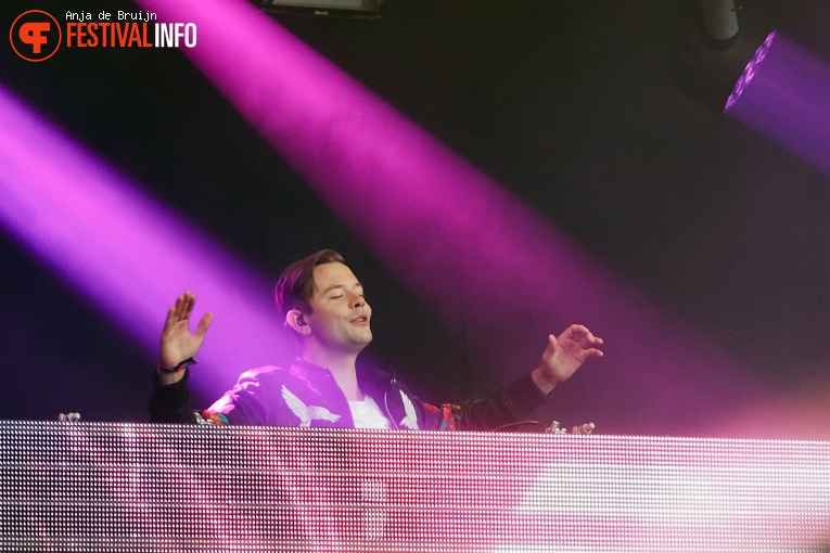 Sam Feldt op Bevrijdingsfestival Zuid-Holland 2019 foto