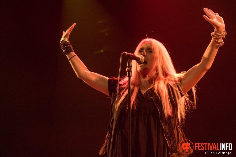 Foto Sass Jordan op Rhythm & Blues Night 2019