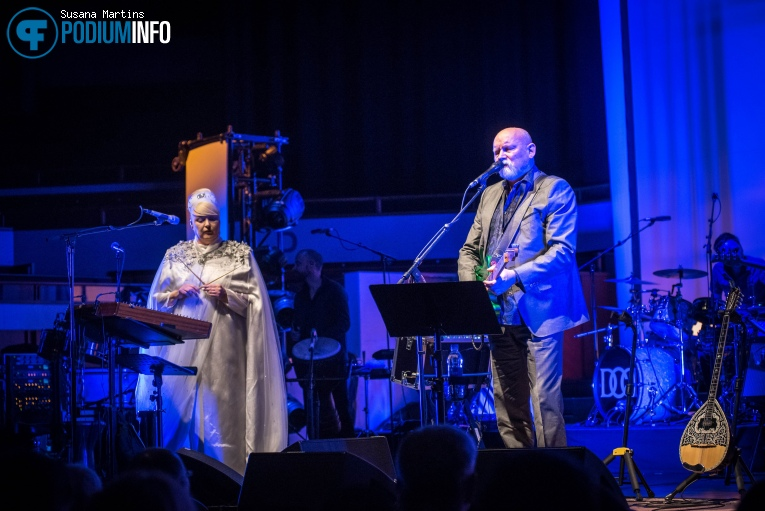 Dead Can Dance op Dead Can Dance - 13/05 - TivoliVredenburg foto