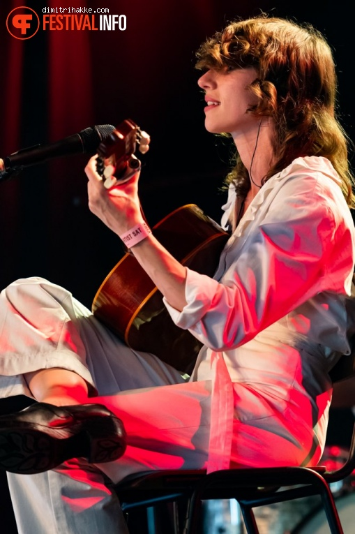 Aldous Harding op Best Kept Secret 2019 - zaterdag 1 juni foto