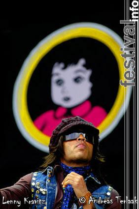 Lenny Kravitz op Pinkpop 2004 ma foto