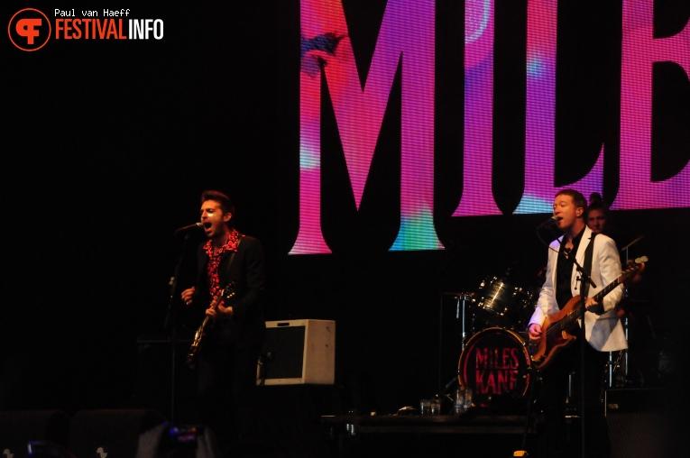 Miles Kane op Pinkpop 2019 - Zondag foto