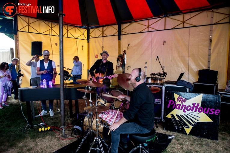 The Pianohouse op Fields of Joy Festival 2019 foto