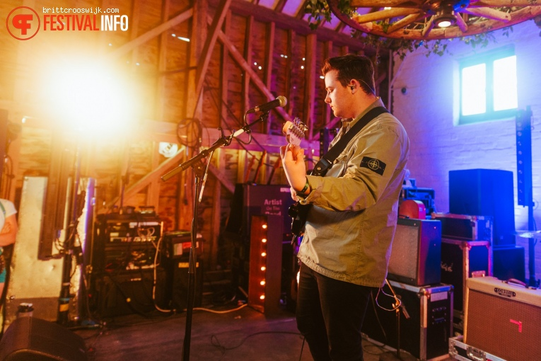 Declan J Donovan op Barn on the Farm 2019 - Donderdag foto