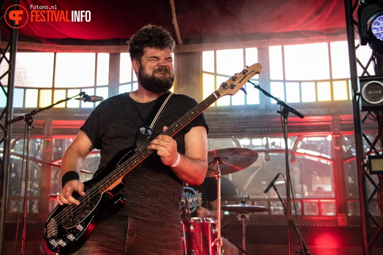 Foto The Ills op Welcome To The Village 2019 - vrijdag