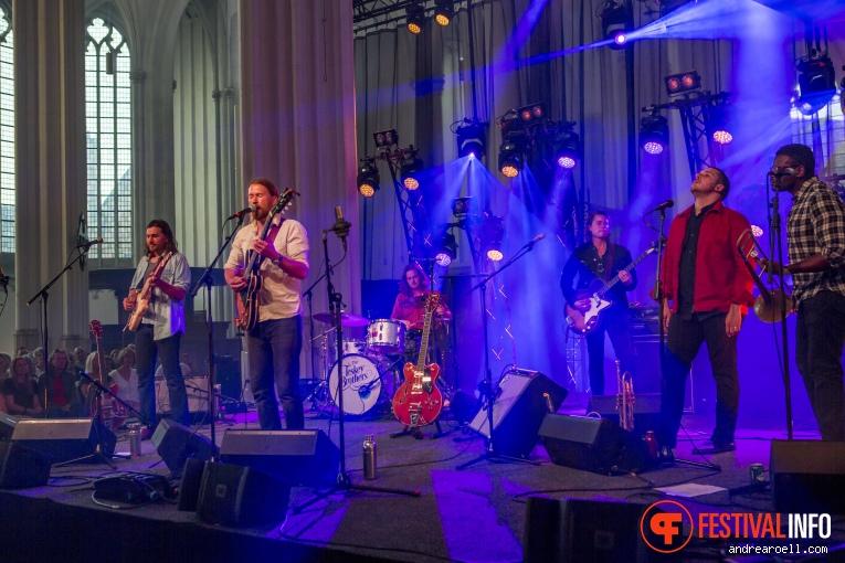The Teskey Brothers op Vierdaagsefeesten Nijmegen 2019 foto