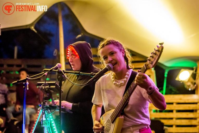 Nancy Kleurenblind & De Zingende Roadie op Vierdaagsefeesten Nijmegen 2019 foto