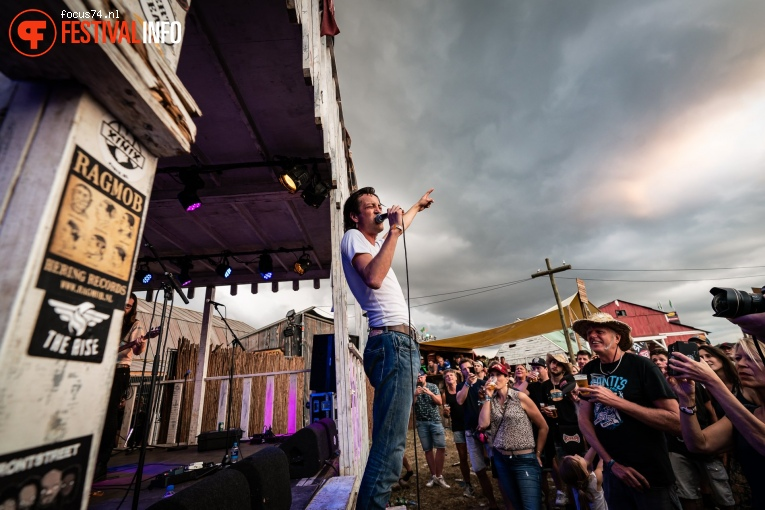Marlon Williams op Zwarte Cross Festival 2019 - Zaterdag foto