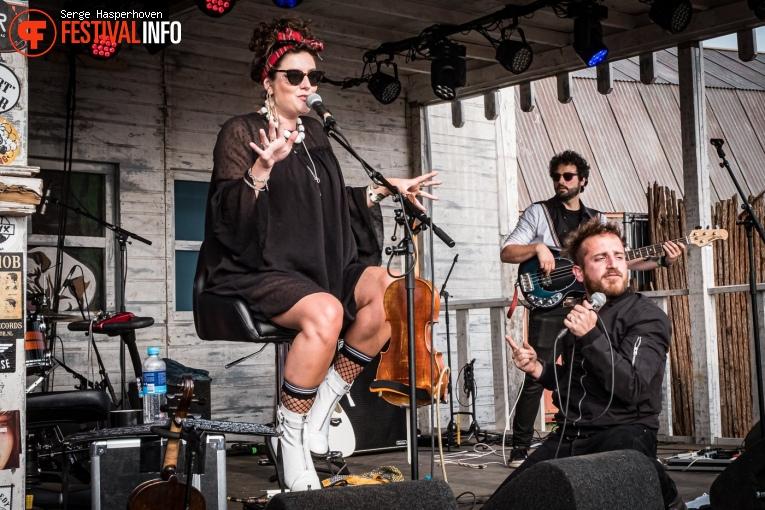 Holy Moly & The Crackers op Zwarte Cross Festival 2019 - Zondag foto