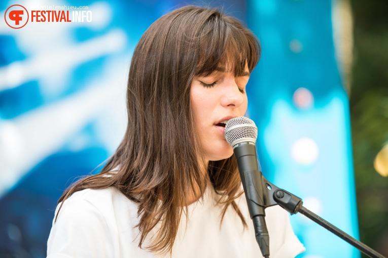 Charlotte Cardin op Paléo Festival 2019 foto