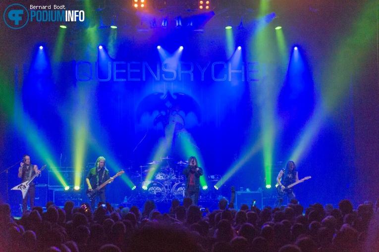 Queensrÿche op Queensryche - 03/08 - Effenaar foto