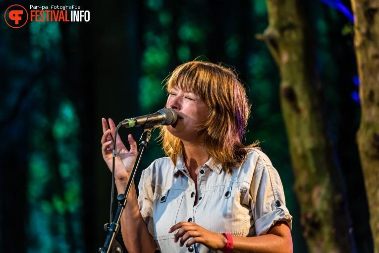 Marlene Bakker op Tussen de hoge Bomen 2019 foto
