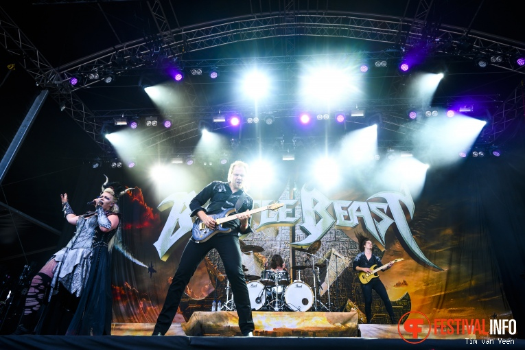 Battle Beast op Into The Grave 2019, Zaterdag foto