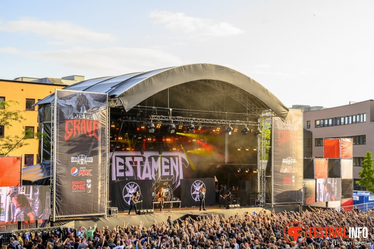 Testament op Into The Grave 2019, Zaterdag foto