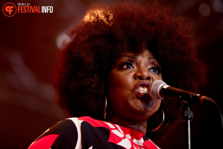 Michelle David & The Gospel Sessions op Once in a blue moon 2019 foto