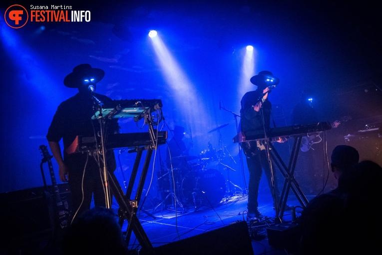 Lumerians op Fuzz Club Eindhoven foto