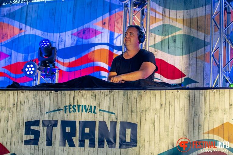 DJ Berry op Festival Strand 2019 foto