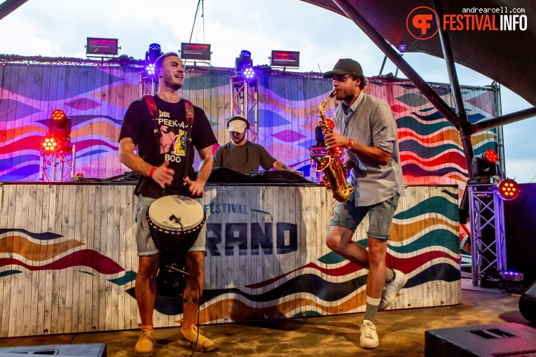 Runny Rem ft. Isaxbonvineas op Festival Strand 2019 foto