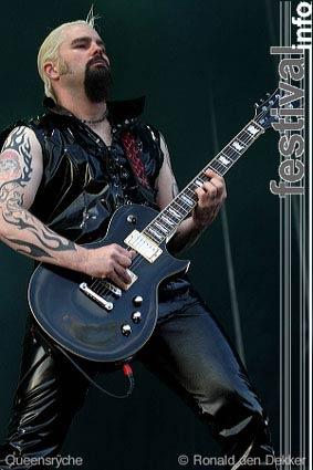Queensrÿche op Arrow Classic Rock 2004 foto
