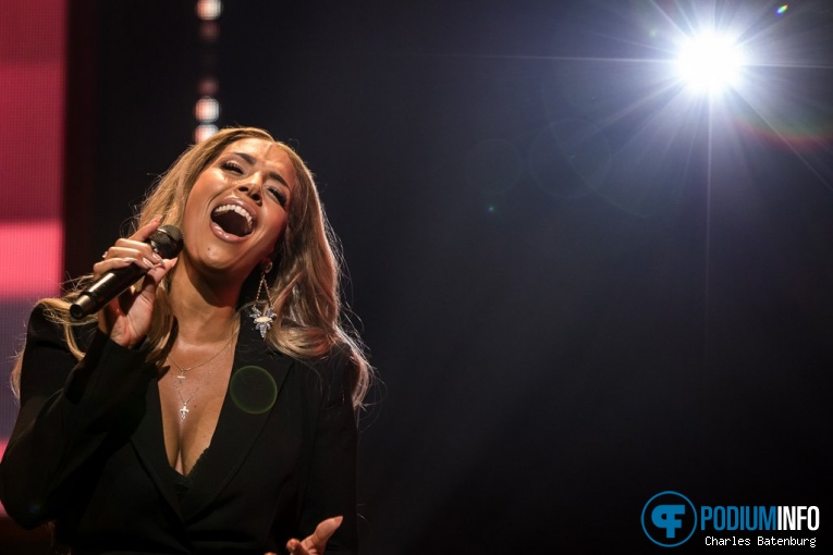 Foto Glennis Grace op WHITNEY, a tribute by Glennis Grace - 08/09 - Ahoy