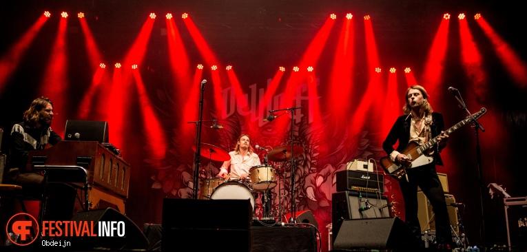 Foto DeWolff op Bluesrock Festival Tegelen 2019