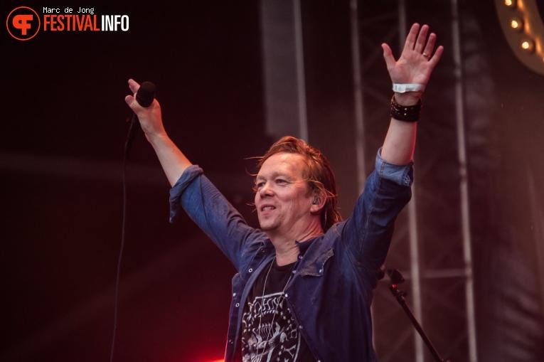 Foto Van Dik Hout op Live on The Beach 2019 - Zaterdag