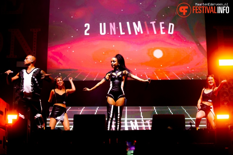 2 Unlimited op Live on The Beach 2019 - Vrijdag foto
