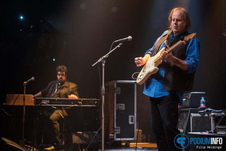 Foto Walter Trout op Walter Trout - 16/10 - TivoliVredenburg