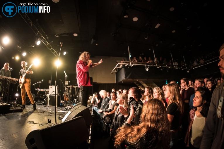 Kita Menari op The Asteroids Galaxy Tour - 24/10 - Paradiso Noord (Tolhuistuin) foto