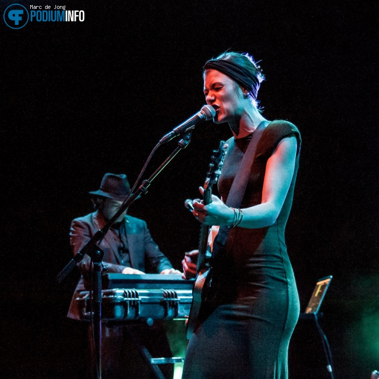 Trixie Whitley op Trixie Whitley - 03/11 - LantarenVenster foto