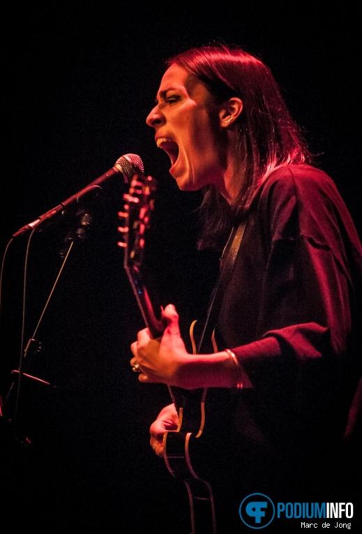 Echo Beatty op Trixie Whitley - 03/11 - LantarenVenster foto