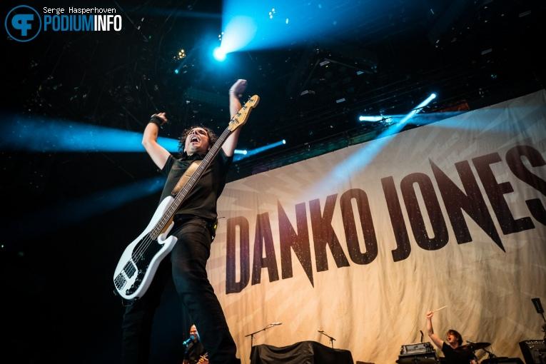 Danko Jones op Volbeat - 19/11 - Ziggo Dome foto