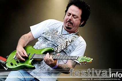 Steve Lukather op Bospop 2008 foto
