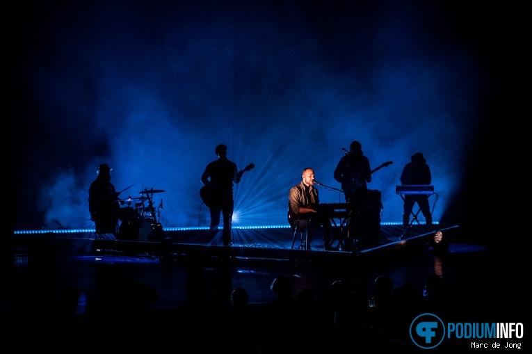 Ásgeir op Ásgeir - 18/02 - Theater Rotterdam foto