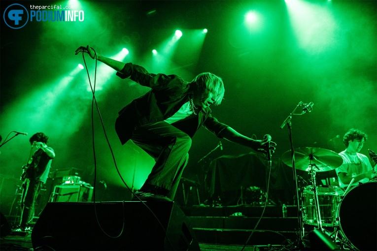 SWMRS op Cage the Elephant - 01/03 - TivoliVredenburg foto