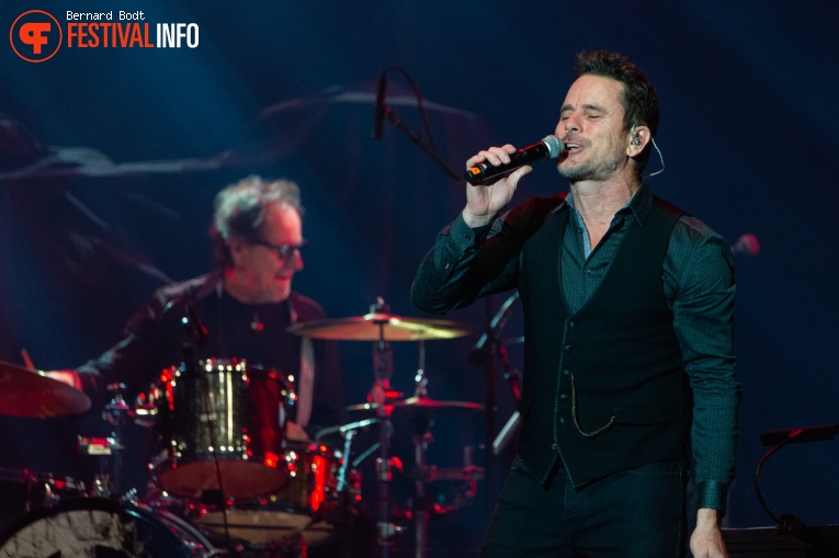 Charles Esten op Country To Country 2020 foto