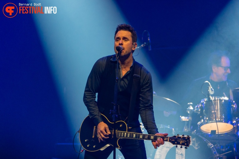 Foto Charles Esten op Country To Country 2020