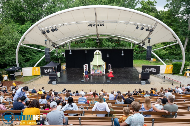 Juf Roos op Juf Roos - 11/07 - Zuiderparktheater foto
