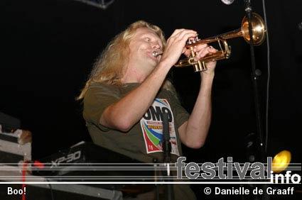 Foto Boo! op Dijkpop 2004