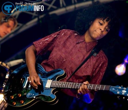 Nana Adjoa op Nana Adjoa - 17-06 - Burgerweeshuis foto