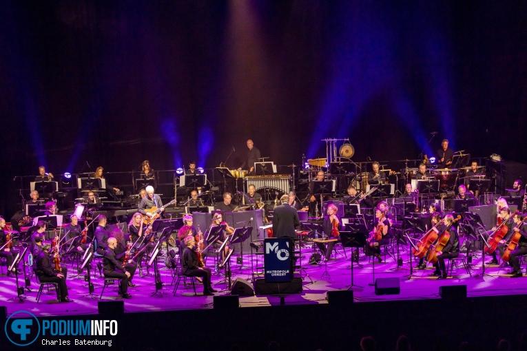 Metropole Orkest op Lalah Hathaway / Metropole Orkest - 18/09 - Ahoy (RTM Stage) foto